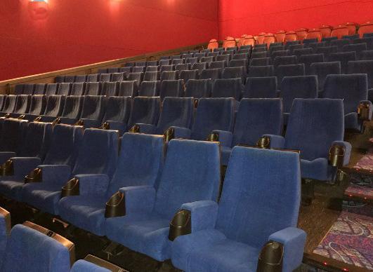 tapizado de paredes en cines y teatros