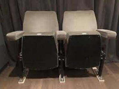 tapizado de asientos de cines y teatros