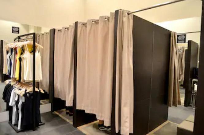 cortinas ignífugas para probadores en tiendas de ropa